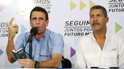 Henri Falcon (r) campaigning with Henrique Capriles