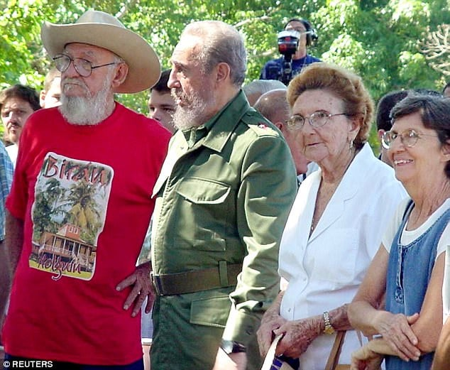 Fidel Castro (second left ), his brother Ramon (left), his sisters Angelina (second right) and Agustina Castro (right)